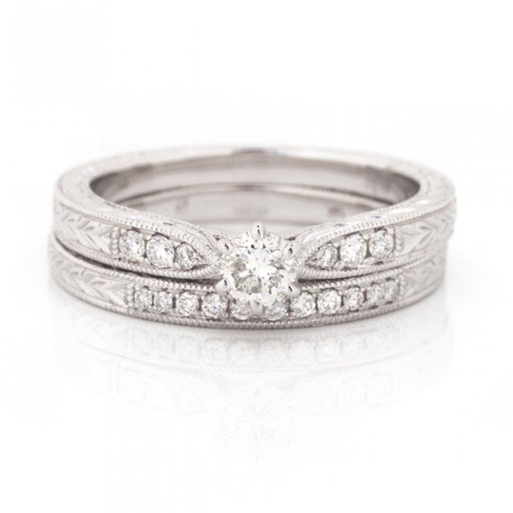 Diamond Milgrain Wedding Set with Engraved Antique Detail